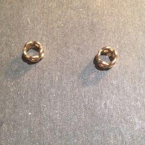 743646651 Women Gold Pandora Bracelet Price on Poshmark